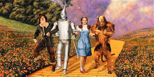 Los zapatos, usados por Dorothy -encarnada por Judy Garland- en el filme, se exponen en forma casi ininterrumpida en el Museo Nacional de Historia Estadounidense desde 1979.
