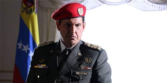 Exesposa de Chávez quiere demandar a Sony por serie 'El Comandante'
