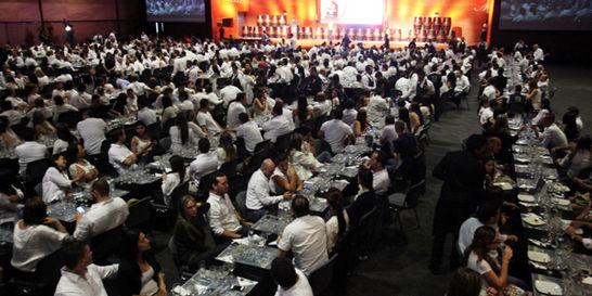 Medellín bebió de la cata de ron más grande del mundo