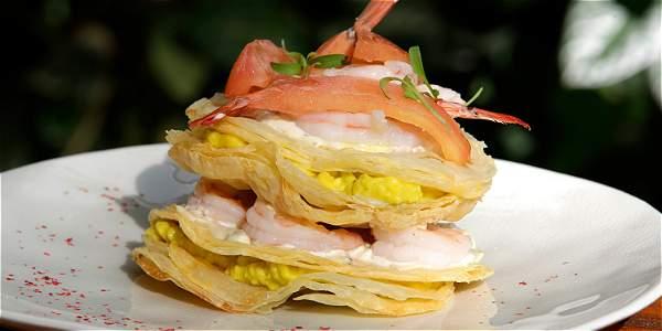 Milhojas de langostinos y camarones es uno de los especiales que estarán hasta el 15 de marzo.