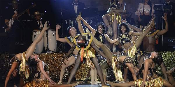 Salsa en todos nuestros bailes: Ensálsate