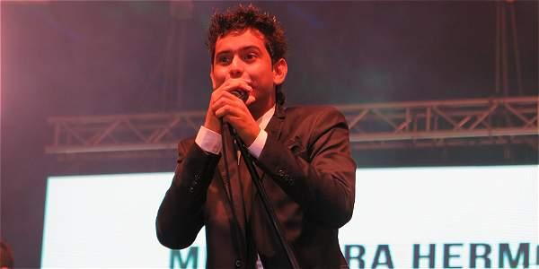 Efraín 'Bola' Corrales principal ganador del Festival 'Francisco el Hombre' de Riohacha, 2015.