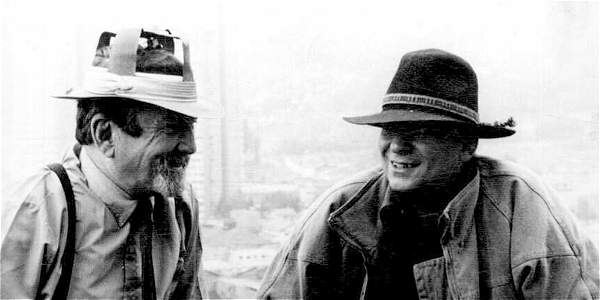Carlos Flores, con su amigo el artista plástico, barranquillero como él, Ángel Loochkhartt.