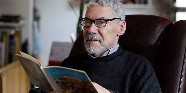 Honoris causa Roberto Burgos - Archivo Digital de Noticias de Colombia y el Mundo desde 1.990 - eltiempo.com