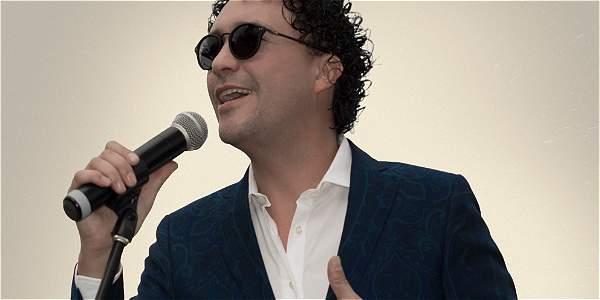 Andrés Cepeda canta a ritmo de 'big band' en Bogotá