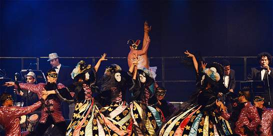 Homenaje a su majestad, el carnaval de Ensálsate