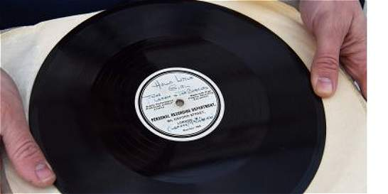 Disco de Los Beatles  se vendió en más de 300 millones de pesos