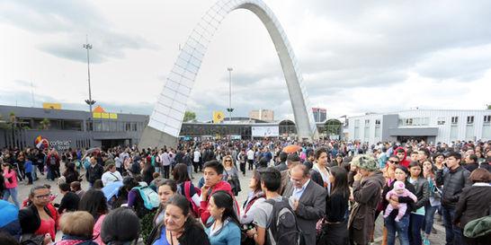 Feria del Libro de Bogotá supera los 500.000 visitantes