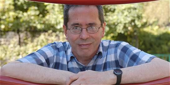 'En mis historias nadie toma café con leche': César Aira