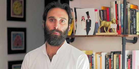 El escritor español Jaime Arracó hace su debut literario en lo juvenil