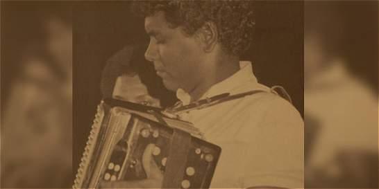 El vallenato está de luto: murió el acordeonero Julio Rojas