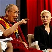 Reunión de Lady Gaga con el dálai lama enfureció a sus fans chinos