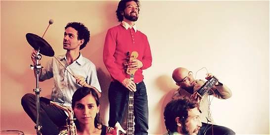 Meridian Brothers se unen al cuarteto de cuerdas Q-Arte en Toque Colón