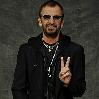 'Llegó el momento', himno de la paz de Ringo Starr y Fonseca