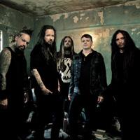 Rebeldes incluso al 'metal', así es Korn