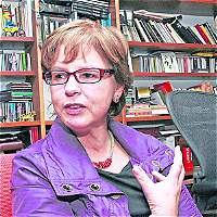 Piedad Bonnett gana premio de poesía en España