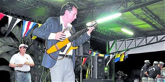 La guitarra clásica con pasión mexicana de Julián Rodríguez