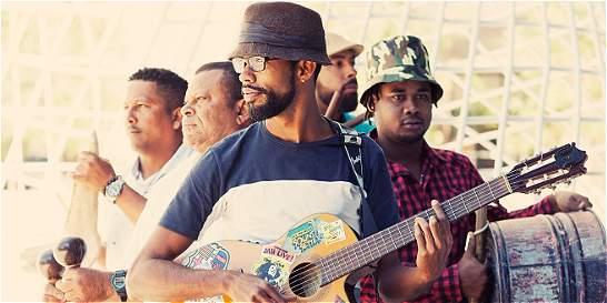 Elkin Robinson lanza el video de su nueva canción 'Sun a Shine'