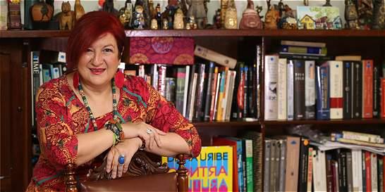 Diana Uribe lanza su nuevo libro 'Contracultura'