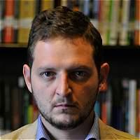 Poeta Santiago Espinosa recibió Premio Jaime Sabines, en México