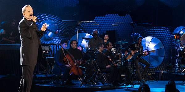 La nueva gira del español incluye  sus grandes éxitos y el concepto de su más reciente álbum 'MTV Unplugged'.
