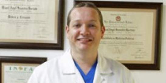 El médico que recibió de la funeraria a una paciente con vida