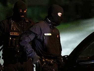 Francia en alerta máxima en busca de sospechosos de ataque