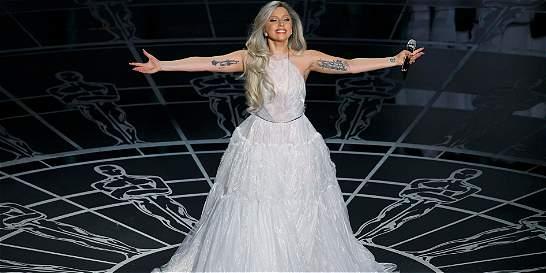 Con emotivo homenaje, Lady Gaga rindió tributo a la 'Novicia Rebelde'