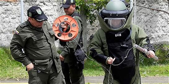El policía que se juega su vida en la ruleta de los explosivos