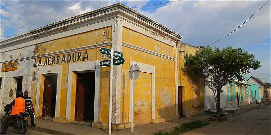 Ciénaga, un colonial pueblo del Magdalena y el mar Caribe