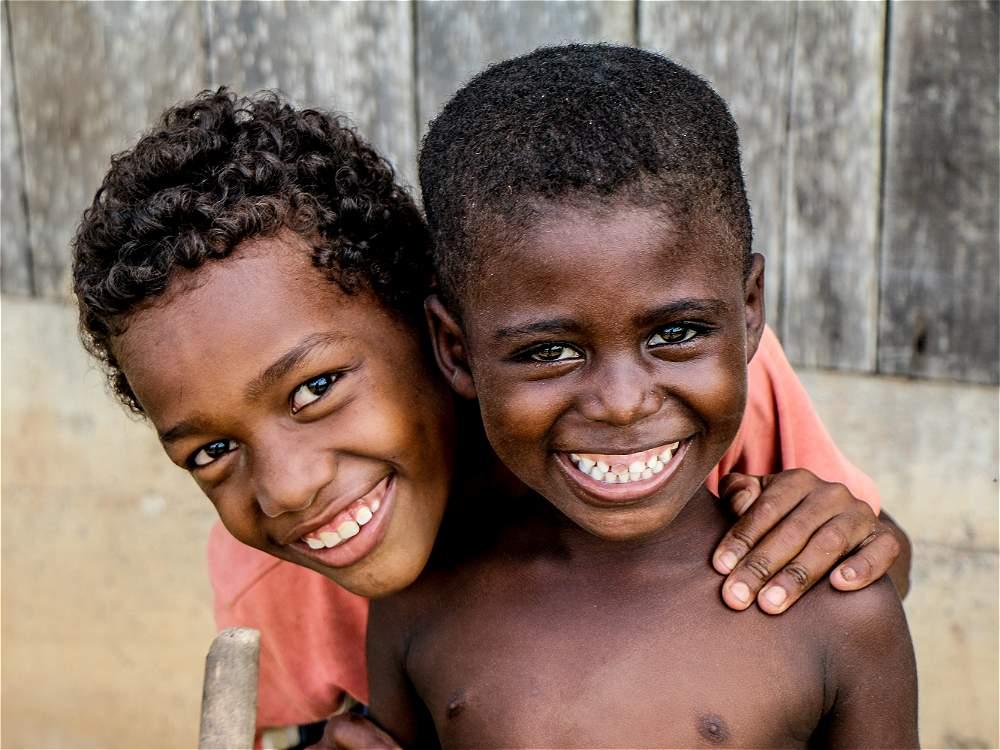 La sonrisa de estos niños revela lo más valioso del Pacífico colombiano: su gente.