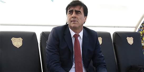 'Contra Argentina hay que recuperar y jugar por las bandas': Quinteros