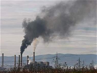 Imponer un precio al carbono, tema clave pero excluido en París