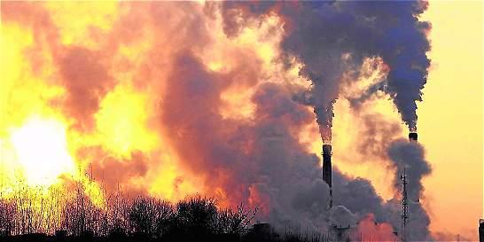 Emisiones mundiales de CO2 tendrían su baja histórica en 2015