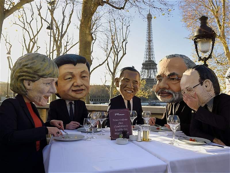 Disfraces y marchas, entre las imágenes curiosas de la COP21