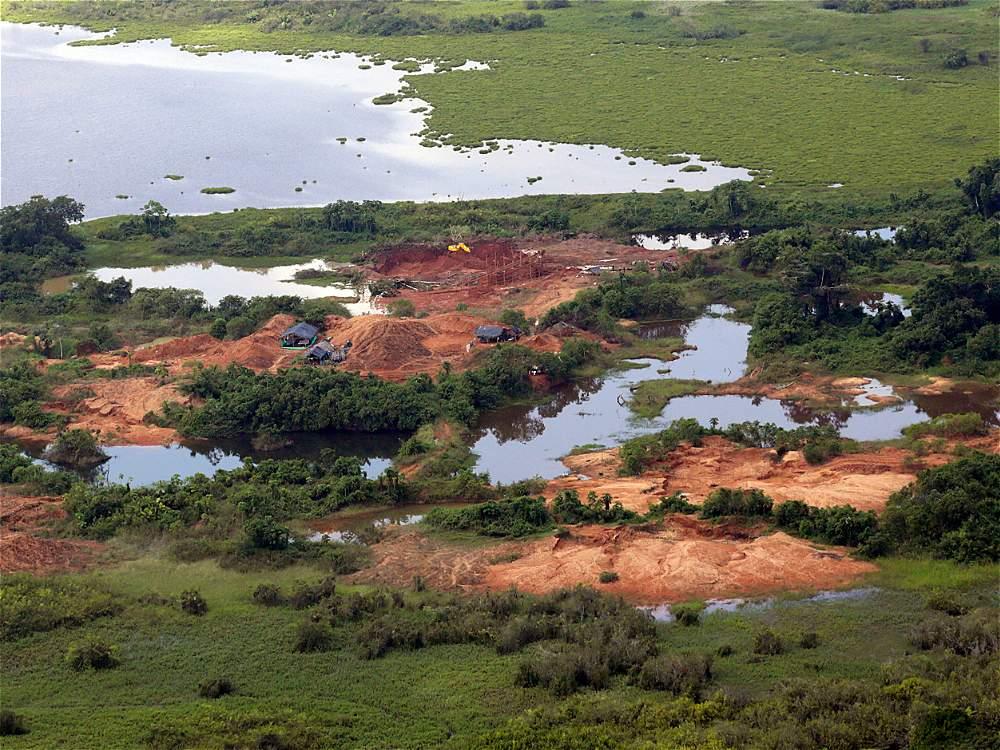 Una de las zonas con mayor nivel de daño por minería ilegal es la ciénaga de Ayapel (Córdoba). Reportes señalan que en ese departamento hay 5.291 hectáreas
