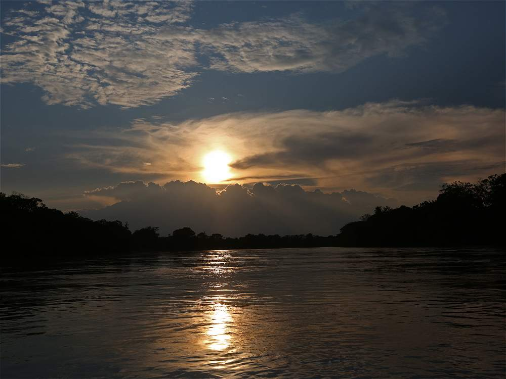 Otro de los placeres en la Serranía de La Macarena es ver el río Guayabero.