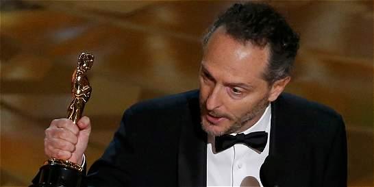 Mexicano Lubezki gana Óscar a mejor fotografía por 'El renacido'