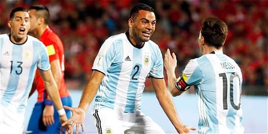 Argentina venció 1-2 a Chile en el debut de Pizzi como DT de la Roja