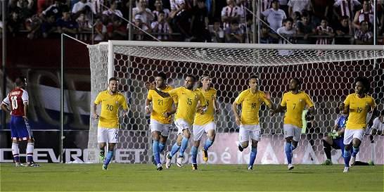 Brasil rescató un punto al empatar 2-2 contra Paraguay