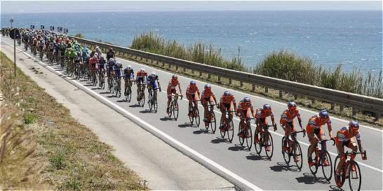 Chaves, décimo; Urán, duodécimo en el Giro de Italia