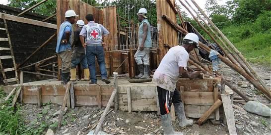 Con 500 bóvedas en Buenaventura buscan evitar pérdida de cuerpos
