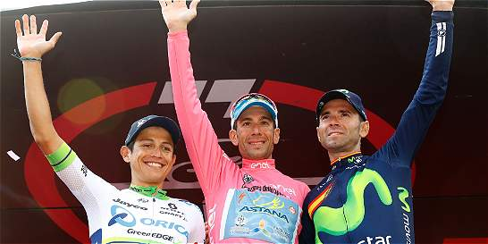 Chaves no fue campeón, pero hizo un Giro de Italia color de rosa