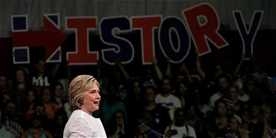 Histórico: Clinton ya es candidata demócrata, ahora piensa en Trump