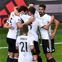 Alemania goleó 3-0 a Eslovaquia y clasificó a cuartos de la Euro