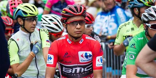 Darwin Atapuma casi pierde el liderato por una confusión en La Vuelta