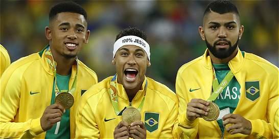 Tite busca jugadores en ritmo y con físico para Brasil