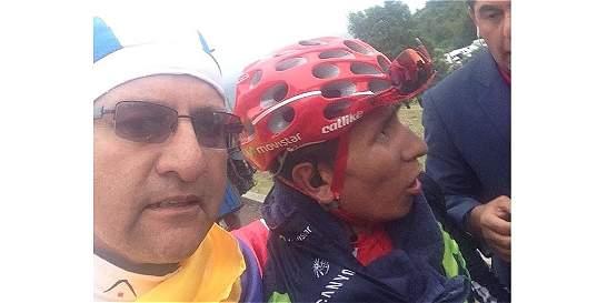 El boyacense que se tomó una selfi con Nairo Quintana en plena carrera