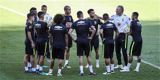 Brasil ensaya con Neymar, Coutinho y Gabriel para juego vs. Argentina