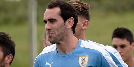 Uruguay quiere recuperar el liderato contra Ecuador